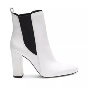 Vince Camuto White Leather Boots Black Heel bootie